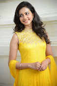 Rakul Preet Singh Gorgeous looking Photos-thumbnail-14