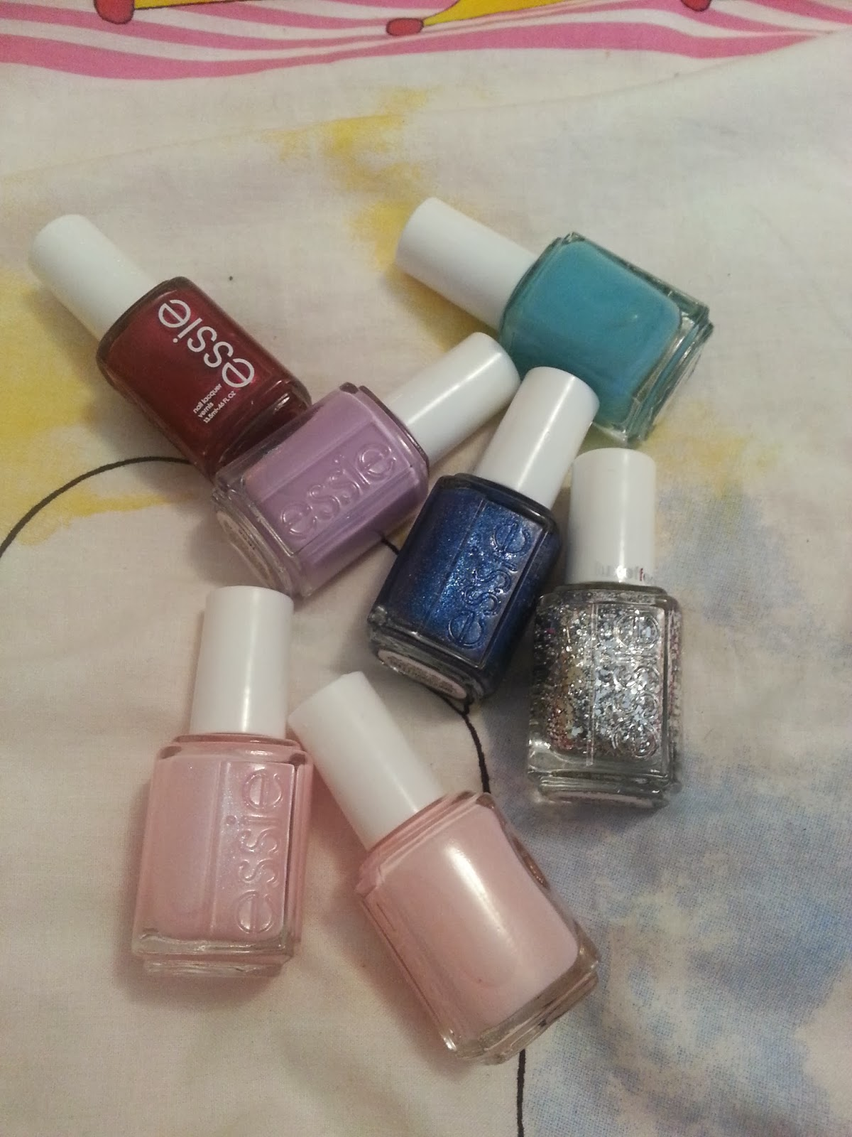 My Little Things ~ Beauty Diary by Monica: My Small ESSIE NAIL ...