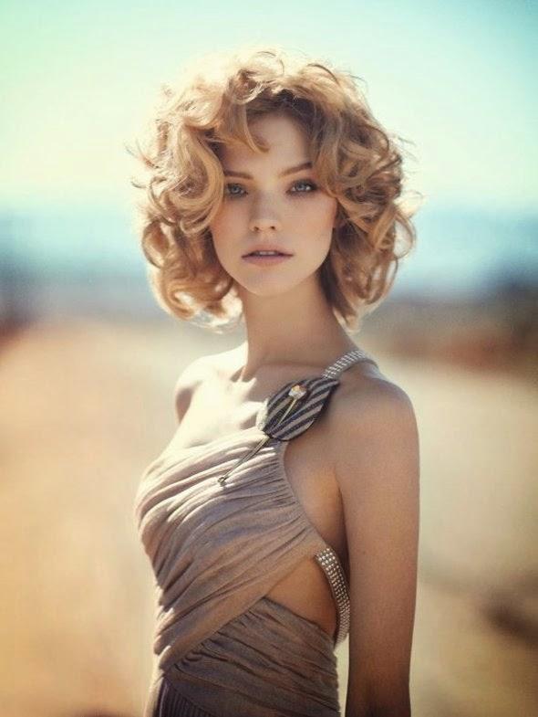 linda modelo Sasha Luss cabelos loiros encaracolados anjinha fotografia Boo George Vogue China maio 2015 fashion