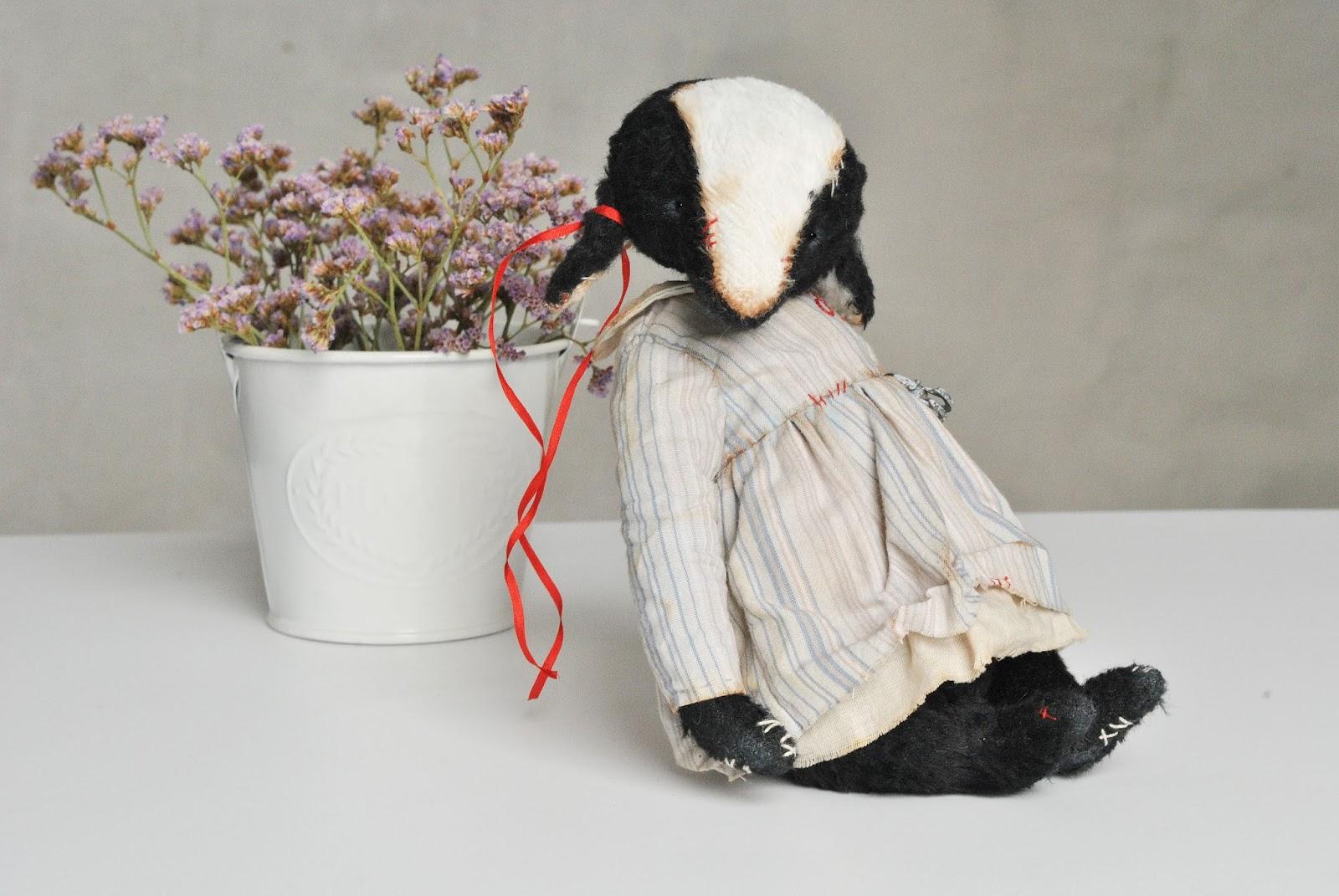 teddy black sheep