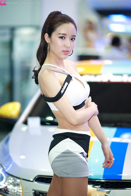 5 Yoon Joo Ha - Seoul Auto Salon 2012-Very cute asian girl - girlcute4u.blogspot.com