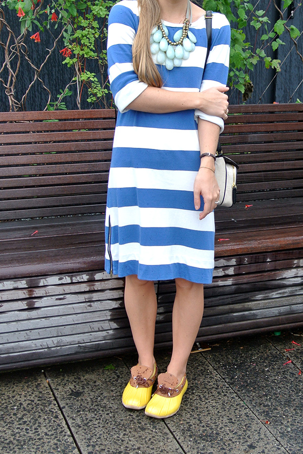 abree fashion blue and white stripes on a rainy day