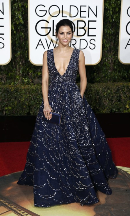 Gina Dewan Tatum vestida de Zuhair Murad en los Golden Globes, enero 2016