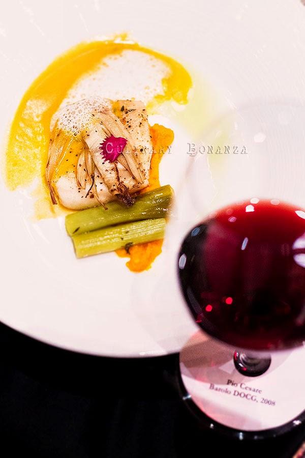Chilean Seabass, stewed fennel and leek with garlic foam and ginger-lemongrass scented carrot puree