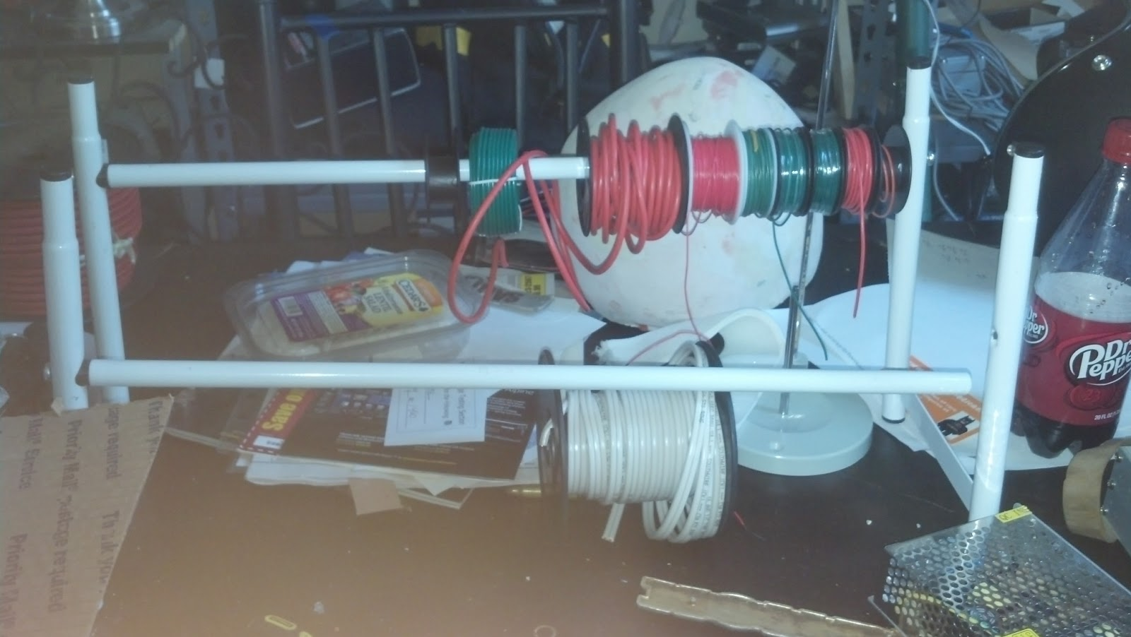 Mad Sauce: Wire spool holder/caddy/rack