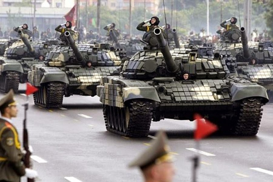 """Prepare For Nuclear War"" Russia Warns Citizens As US Tanks Flood Into Europe"