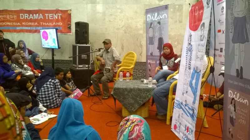 Pidi Baiq International Book Fair 2015