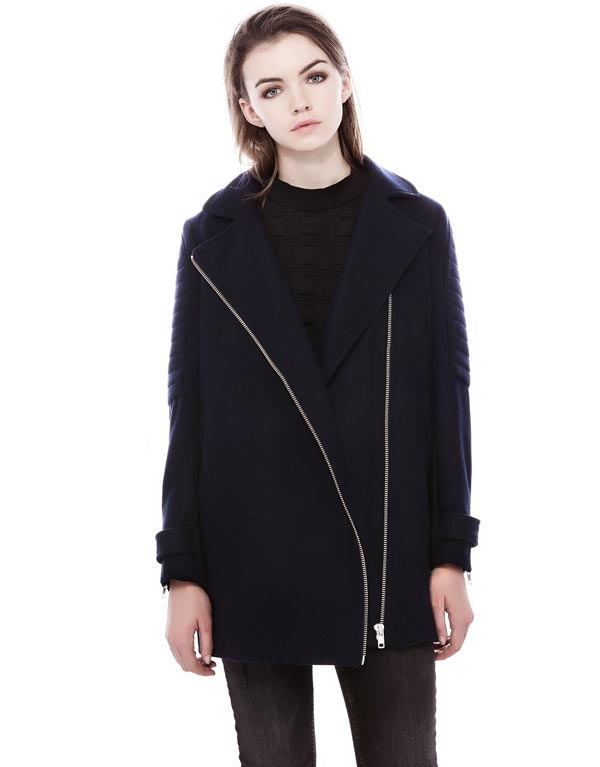 abrigo azul pull bear