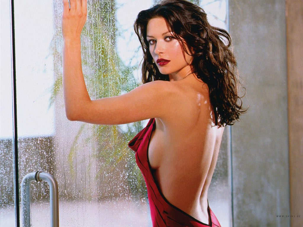 Awesomeness Wallpaper Catherine Zeta Jones Hottest