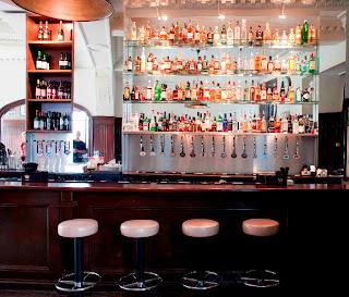Holyrood 9a bar.