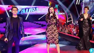 Laura Pausini canta con su equipo Víveme-La Voz 2015 Semifinales