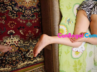 Nak Take Pic Underwear Adik Ipar Semasa Tidur - Cunbogel.com