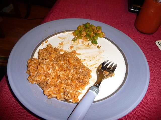 how to make a simple and complete Spanish rice meal,