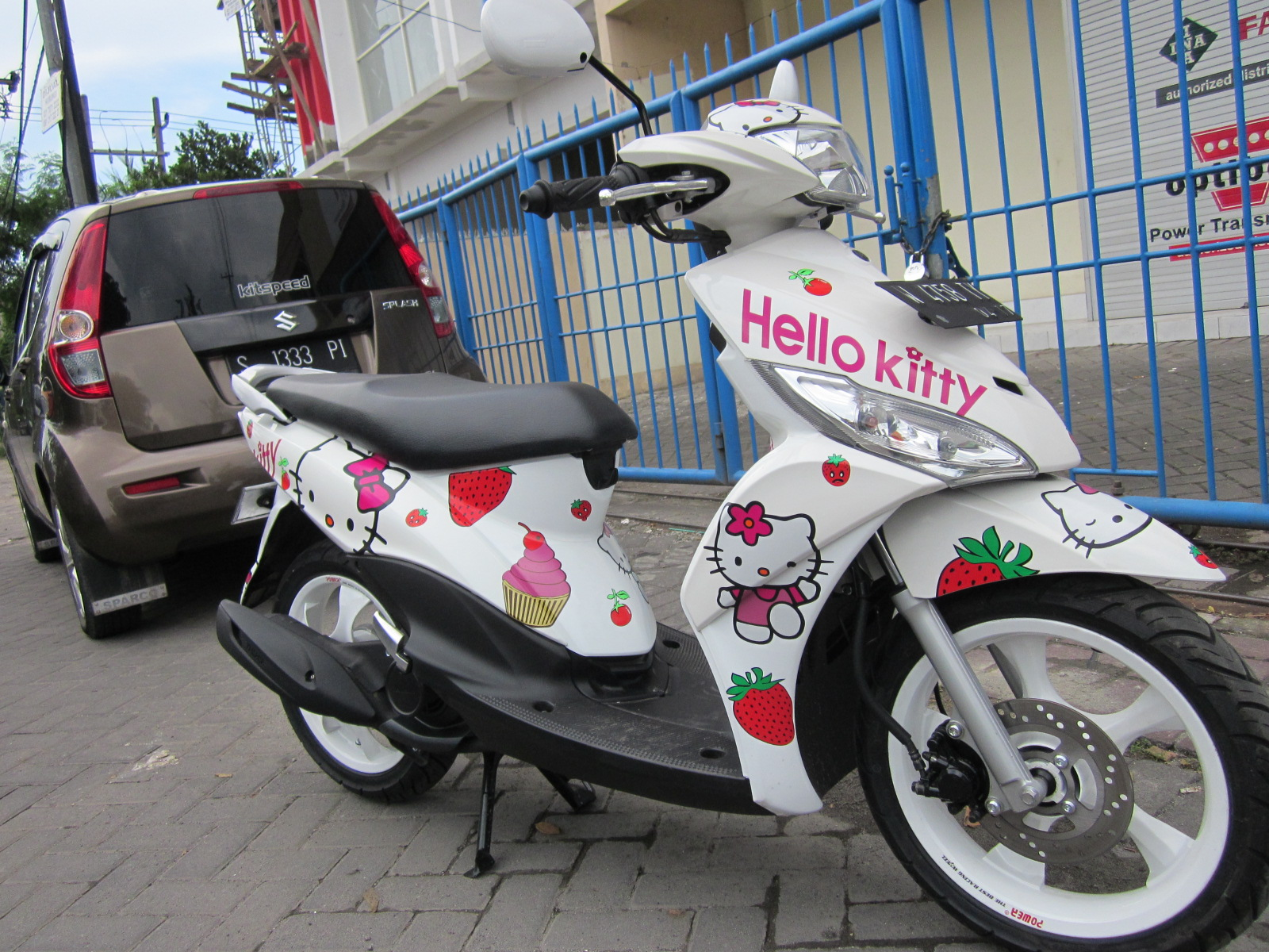 Top modifikasi mio hello kitty