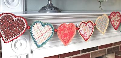 free crochet pattern paper heart garland