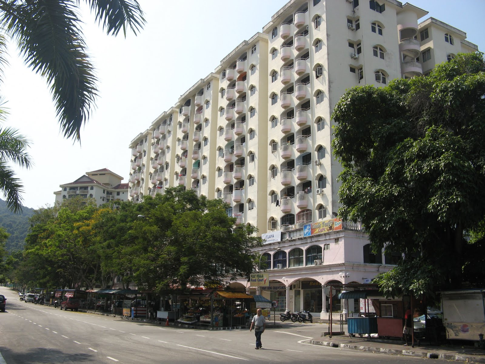 penang mutiara The last guests checked out nine years ago and the former penang mutiara beach resort in teluk bahang has been vacant ever since.