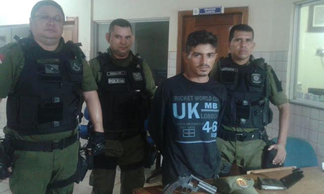 Polícia Militar prende homem portando um revolver em Itaituba