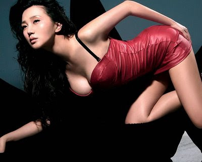 Chinese Top Celebrities - Bikini and hot fashion photoshoot images