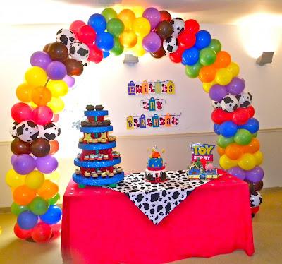 Adornos con globos para fiestas decoraciones para fiestas - Globos para eventos ...
