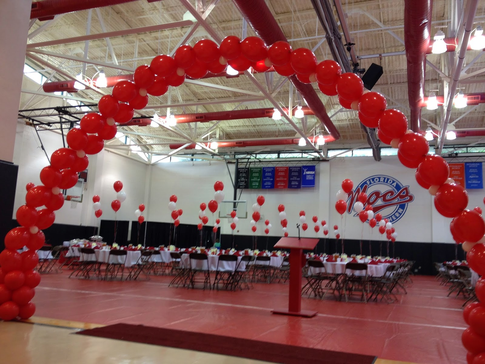 Party people event decorating company florida southern for Balloon decoration company