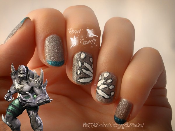 Villano doomsday nail art