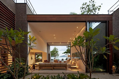 Rumah Minimalis Blends With Nature 7