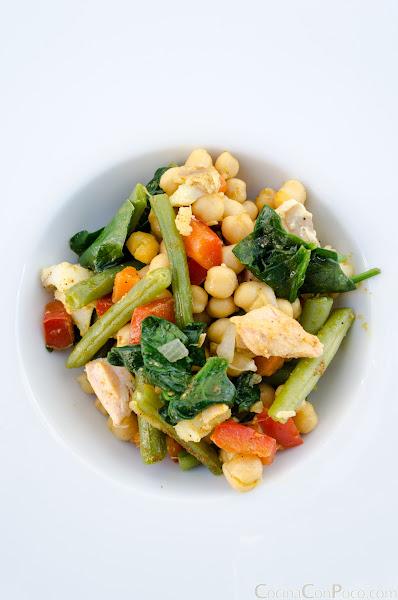 Salteado de garbanzos con verduras y curry - Receta
