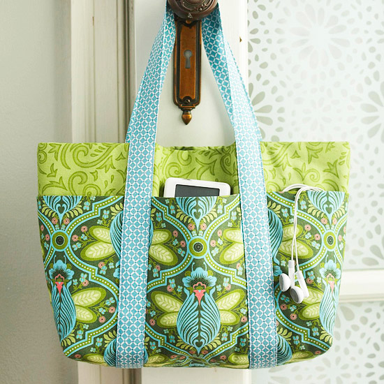Bag , fits an 18sewing mat, free pattern by Melissa Peda for Free ...