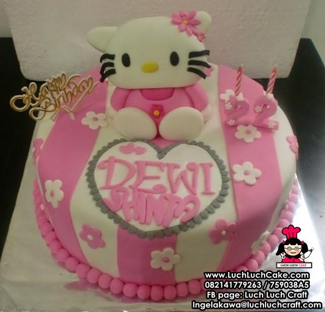 Kue Tart Hello Kitty 3D Untuk Ulang Tahun Anak