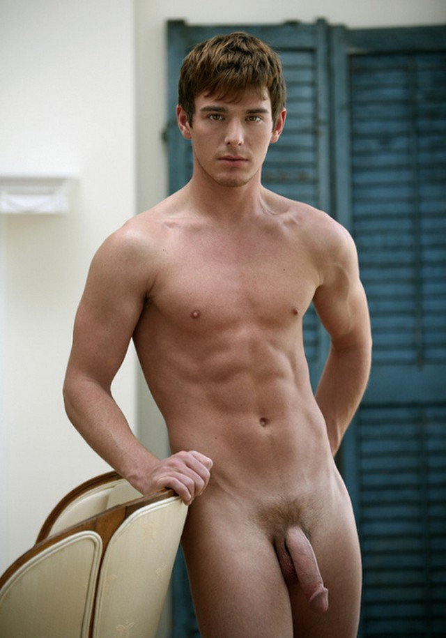 Nude Male Models Full Frontal
