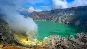 Ijen Crater Tour