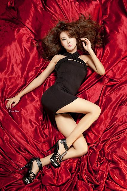 Chân dài Hàn Quốc cực sexy khoe đường cong 1 cách nghệ thuật - Tải hình nền gái xinh Hàn Quốc