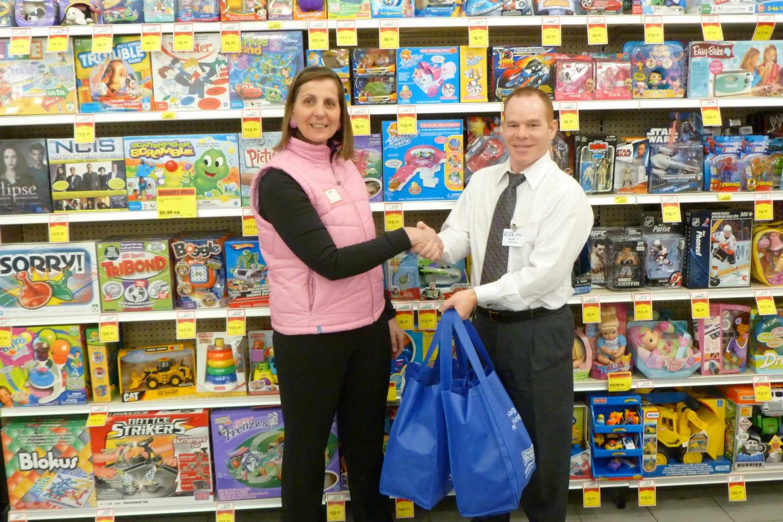 London Drugs Donates to School