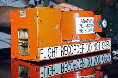 kotak hitam mh370, pesawat mh370,gambar kotak hitam pesawat, gambar kotak hitam sebenar mh370, pesawat mh370 ditemui, pesawat hilang, mh370, kotak hitam