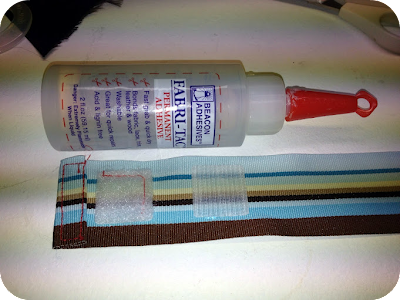 fabri-tac glue bottle and ribbon with velcro