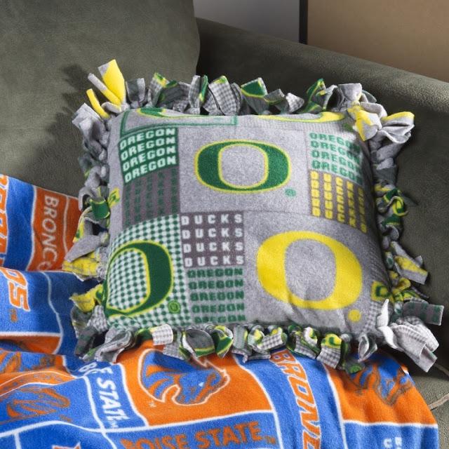 No Sew Fleece Pillow @craftsavy, #craftwarehouse, #fleece, #fabric, #pillow, #sports