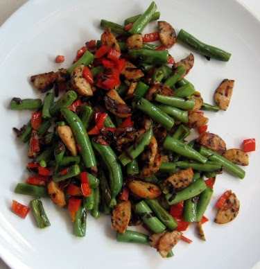 Chicken sausage with green beans