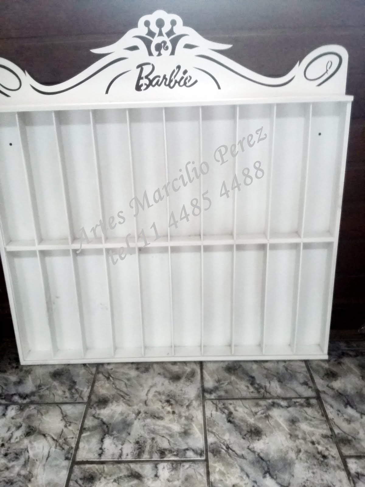 Porta Barbie para 20 bonecas R$ 160,00