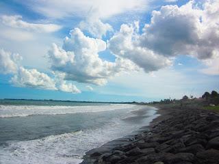 Tempat wisata pantai Manyar