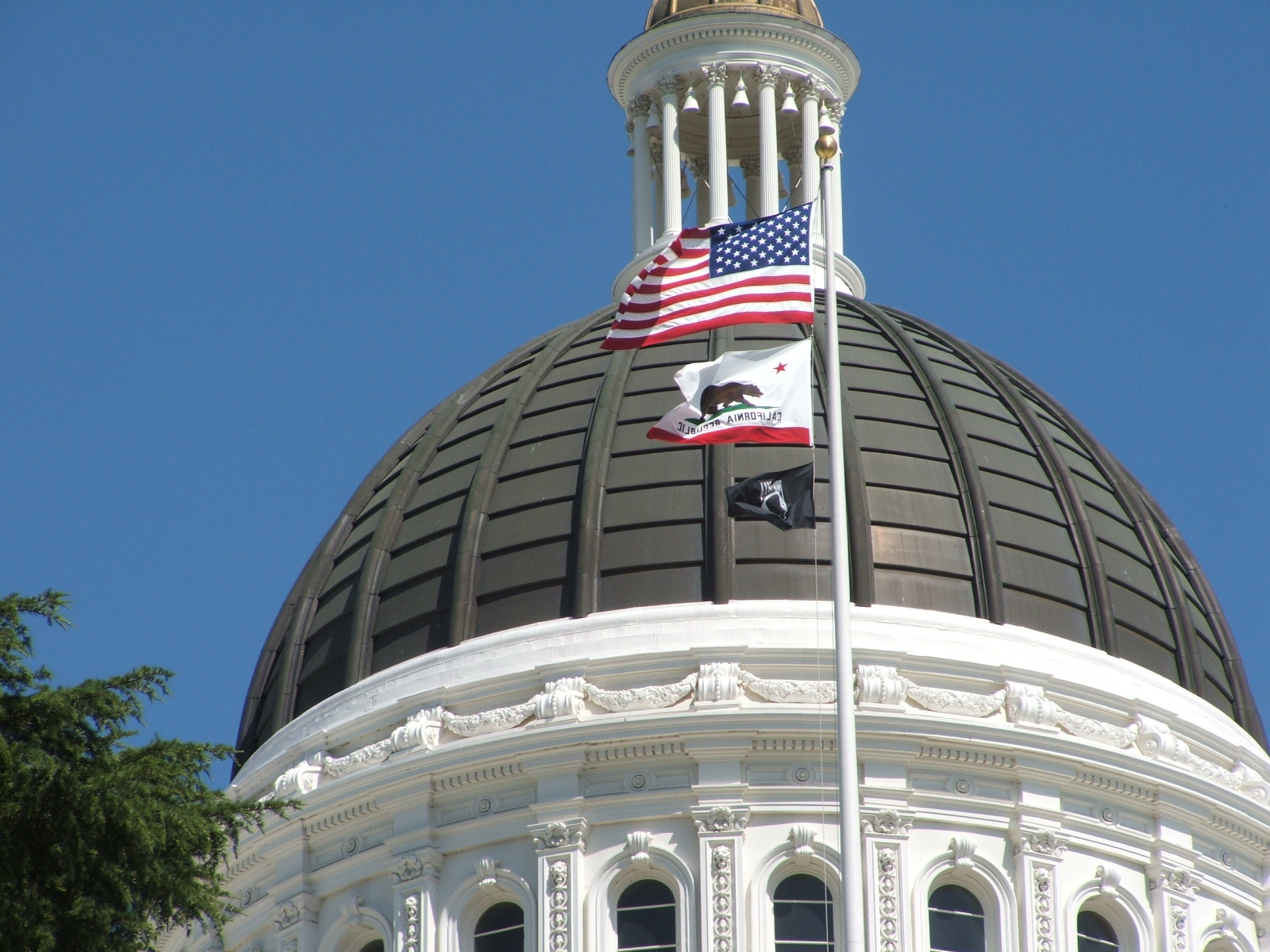 how to get a flag flown over the capitol