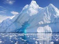9 Perbedaan Unik antara Kutub Utara dan Kutub Selatan