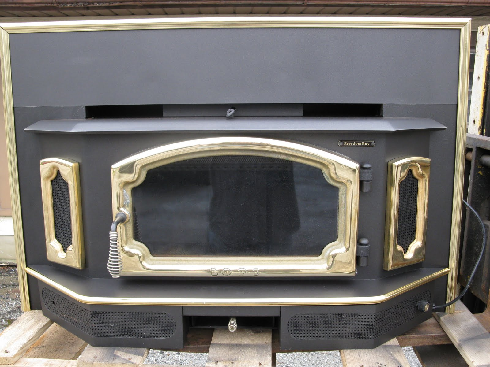 usedfreedombayinsert used freedom bay fireplace insert