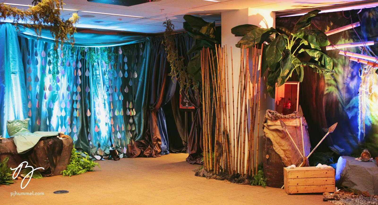 A Jungle Scene On One Side With The Makings Of Lost Boys Tree House And Mermaid Lagoon Other Where Guests Could Pose As