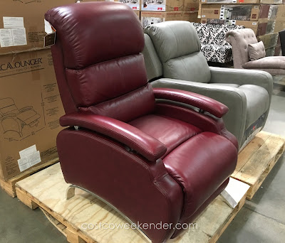 Barcalounger Leather Recliner: great for any home's living room or family room