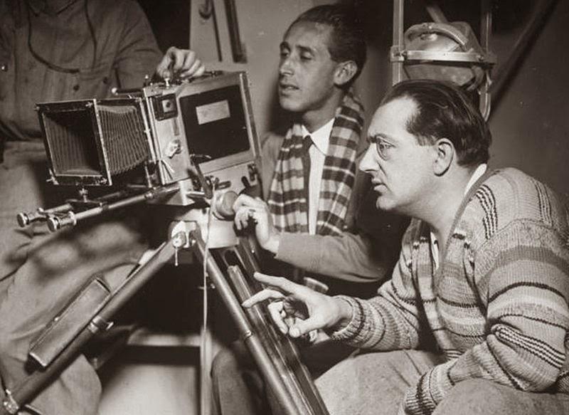 Imagen de Fritz Lang con una cámara