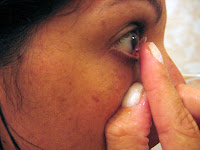 É perigoso usar lentes de contato no trabalho