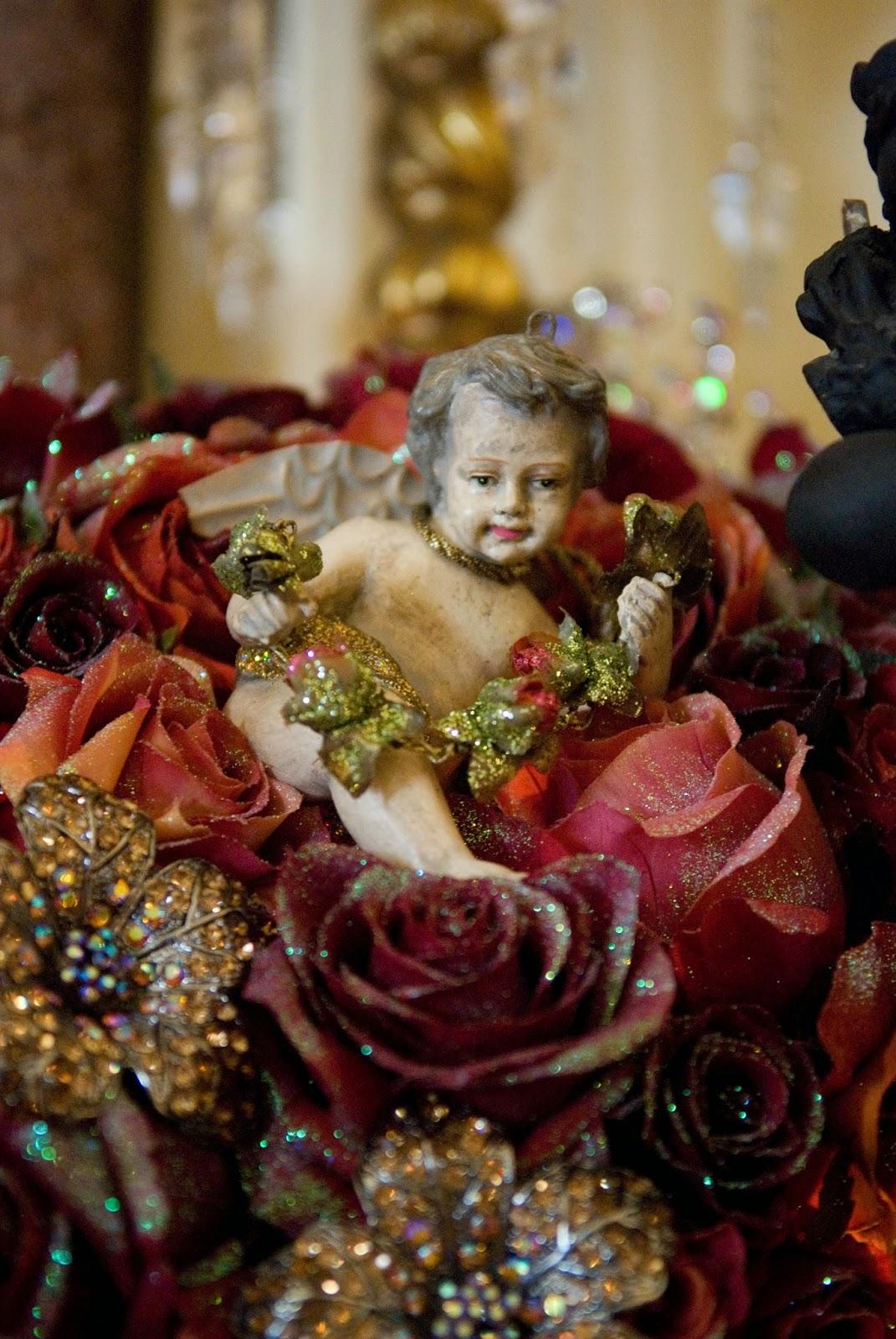 Romancing The Home Christmas Past