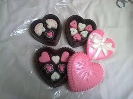 Coklat Di Hari Valentine