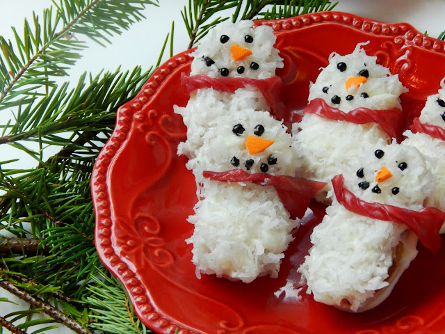 White Chocolate Nutter Butter Snowmen #NuttyForTheHolidays AD