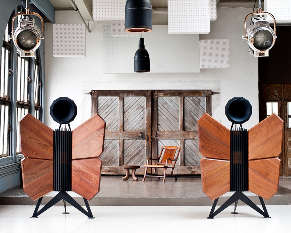 wizard high end audio blog oswald mill audio monarch. Black Bedroom Furniture Sets. Home Design Ideas